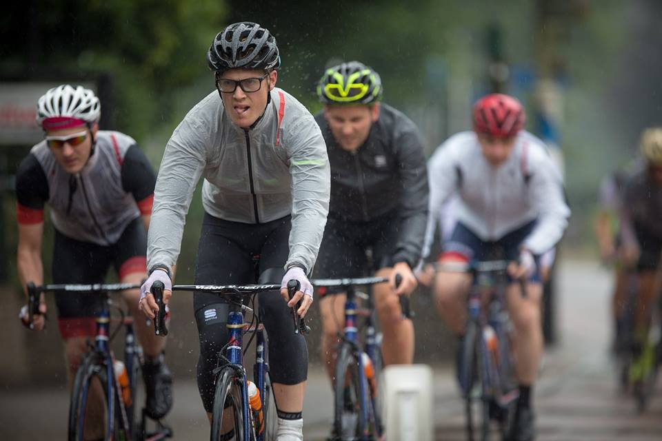 Mua mũ bảo hiểm xe đạp Hà Nội chất lượng cần lưu ý điều gì?